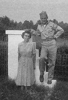 Grace Green and John David Carter at Dad Compton's grave